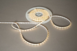 A000B1 Ruban adhesif 600 LED blanc chaud 10m