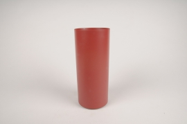 A000CC Vase en métal cylindre rouge D9cm H22cm