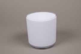 A000QX White plastic vase D13.5cm H13.5cm