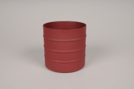 A001U9 Red metal planter D9.5cm H9.5cm