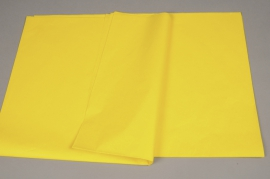 A003AS Ream of 520 tissue paper sheets yellow 50x75cm