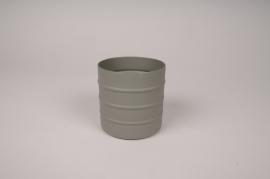 A003U9 Cache-pot en métal vert kaki D9.5cm H9.5cm