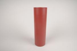 A004CC Vase en métal cylindre rouge D9cm H30cm