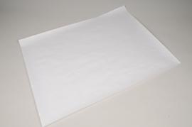 A004D9 Rame 10kg de feuilles papier kraft blanc 50x65cm