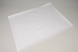 A004D9 Ream of 10kg sheets white kraft paper 50x65m