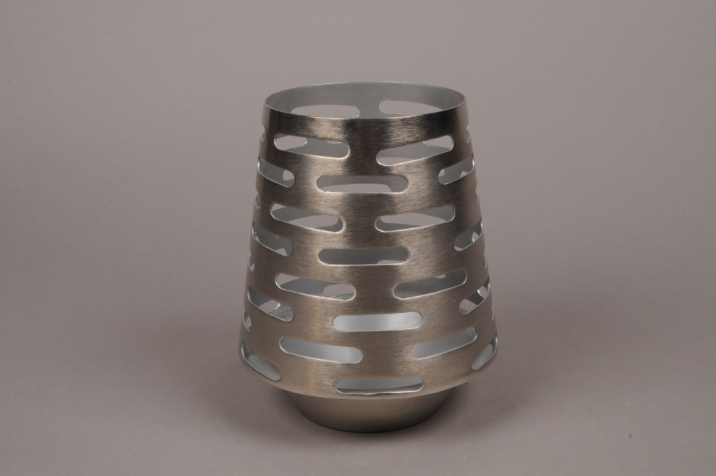 A004W0 Candle holder silver metal H21cm