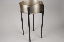A006E5 Brush brass planter with legs D34cm H60cm
