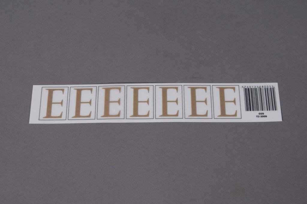 A006K4 Pochette de 50 lettres E 33mm