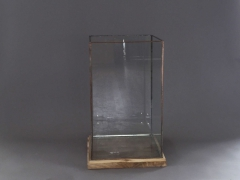 A007B8 Glass and copper light holder 34x34cm H52cm