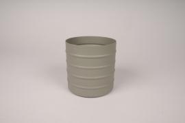 A007U9 Green Khaki metal planter D12cm H12cm