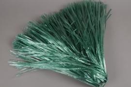A009L5 Bag of green artificial raffia