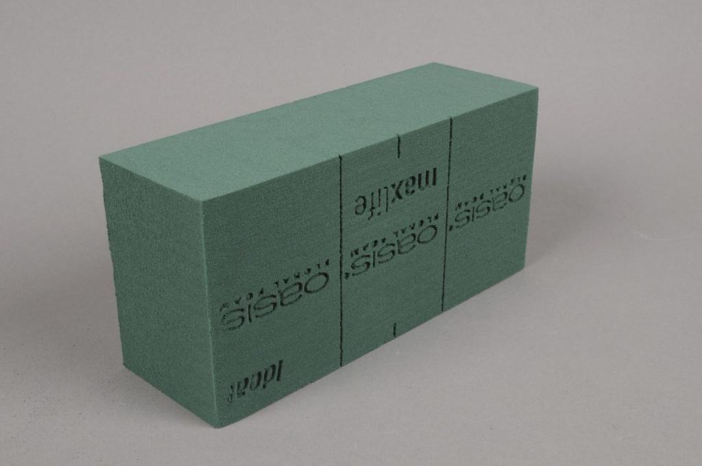 A009QV Box of 35 brick of Ideal floral foam
