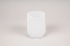 A009W3 White glass vase D11cm H13cm