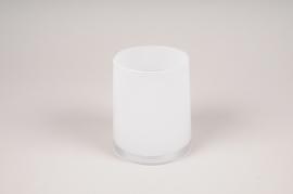 A009W3 White glass vase D11cm H13cm