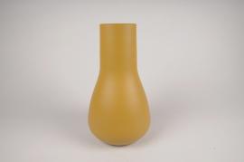 A011CC Vase en métal jaune D18cm H31cm