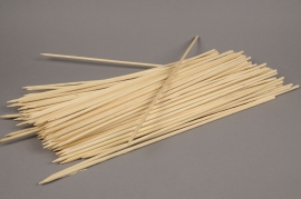 A011L5 Box 100 stakes natural bamboo 40cm