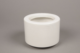 A011T3 White ceramic planter pot D17 cm H13 cm