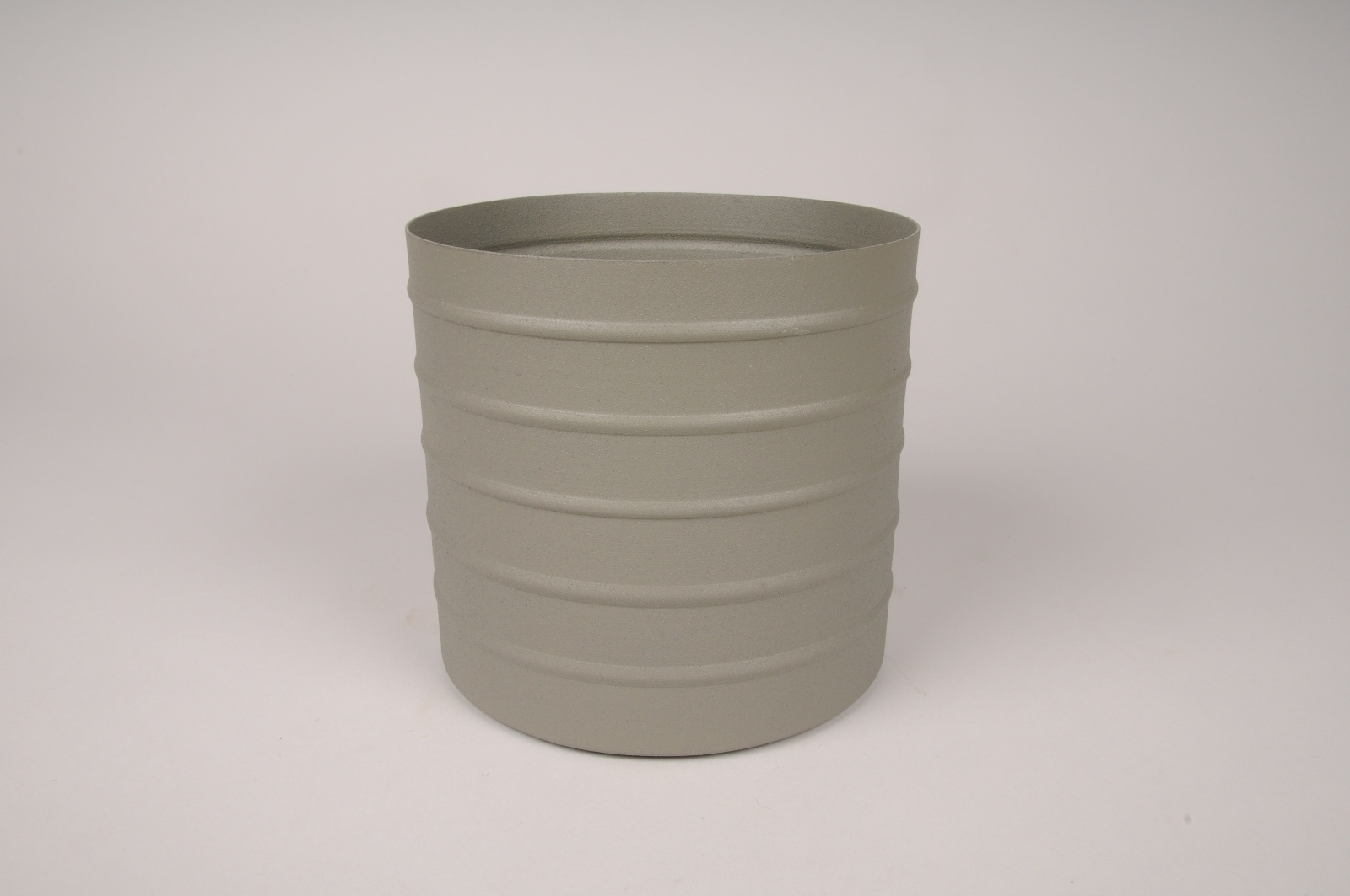 A011U9 Cache-pot en métal vert kaki D15.5cm H14cm