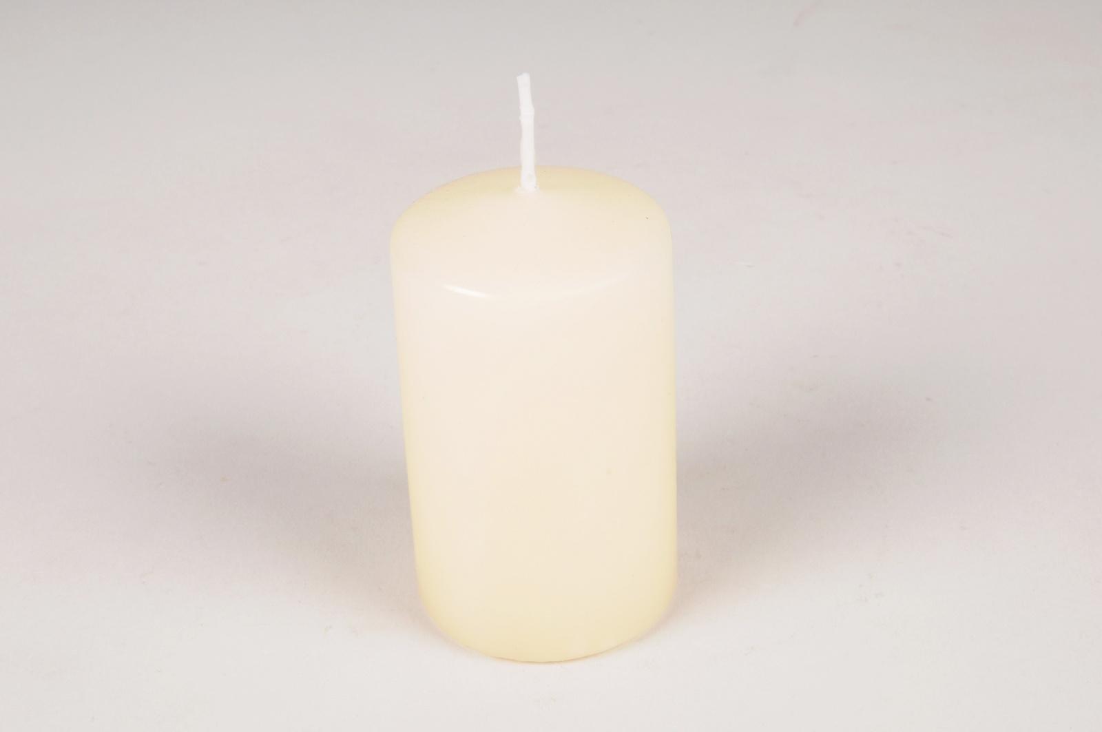 A012RP Boîte de 12 bougies cylindre ivoire D6cm H12cm