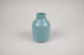 A013CC Vase en métal bleu D9cm H14cm