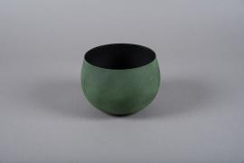 A013JY Green metal planter D16cm H11.5cm