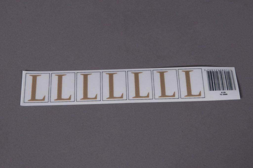 A013K4 Pochette de 70 lettres L 33mm