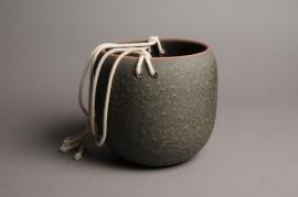 A013T3 Cache-pot céramique à suspendre kaki D18cm H18cm
