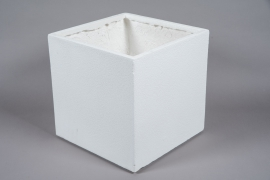 A015W7 White resin planter 40x40cm H40.5cm