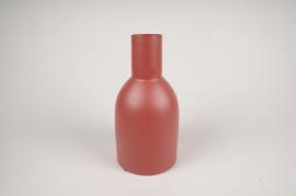 A016CC Vase en métal rouge D13cm H26cm