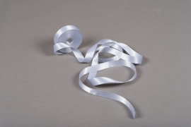 A016UN Silver satin ribbon 15mm x 25m