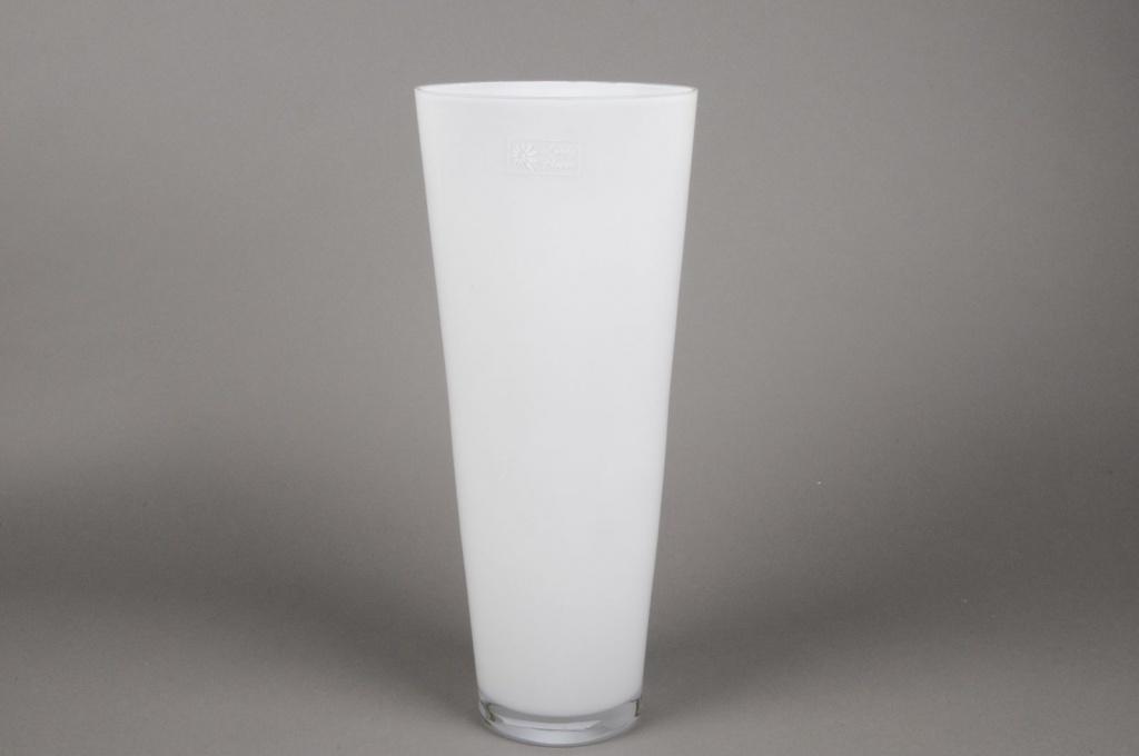 A017I0 white conical glass vase D18cm H43cm