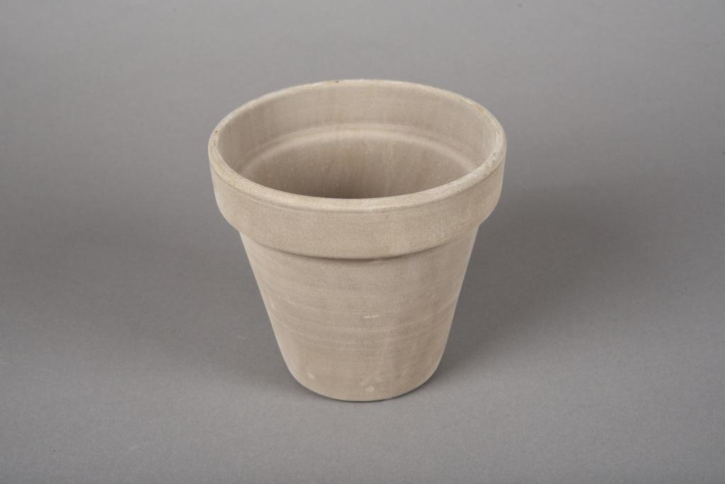 A018KF Pot horticole en terre cuite taupe D15cm H14cm