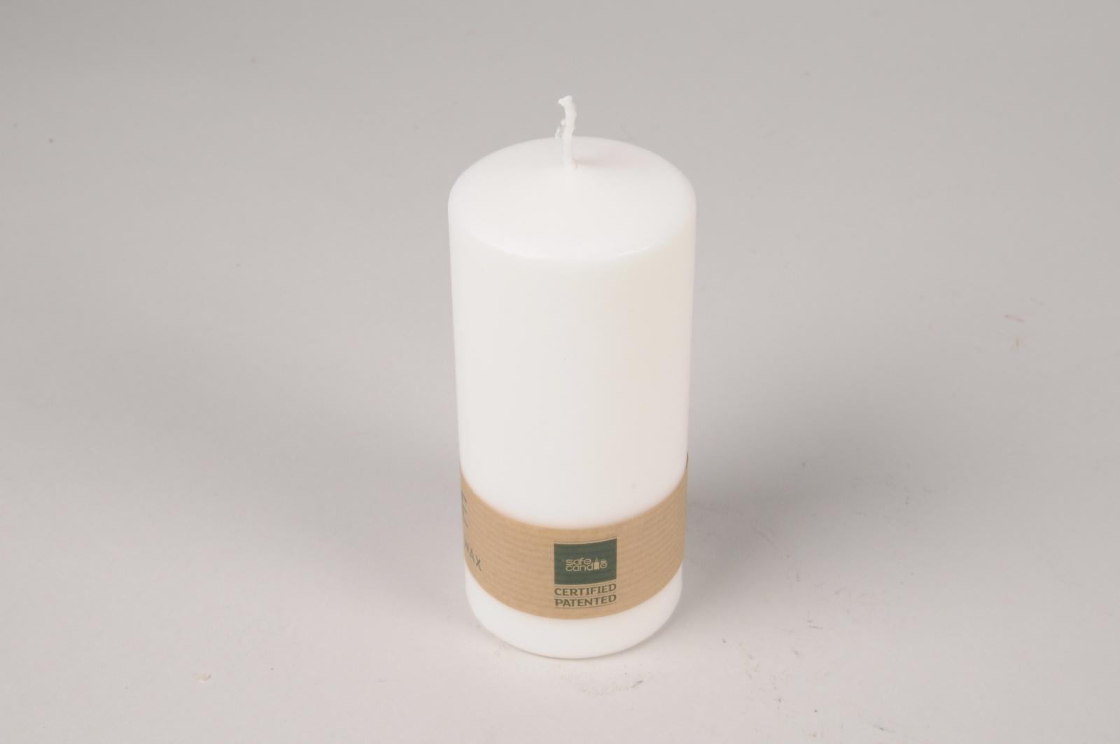 A019RP Boîte de 12 bougies blanches naturelles D5.5cm H13cm