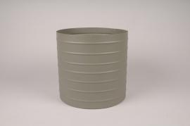 A019U9 Cache-pot en métal vert kaki D25cm H24.5cm