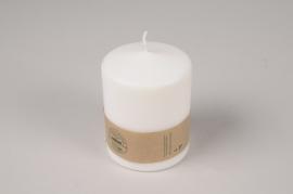 A020RP Boîte de 12 bougies blanches naturelles D7cm H9cm