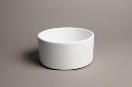 A021A8 White ceramic planter pot D17cm H9cm
