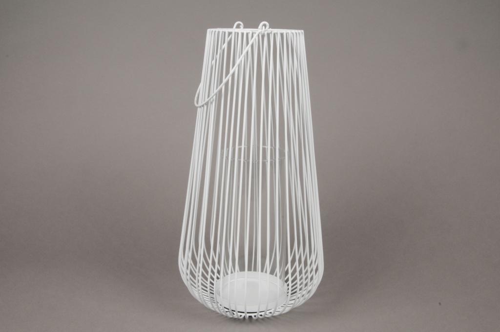 A021UO White metal light holder D21cm H45cm