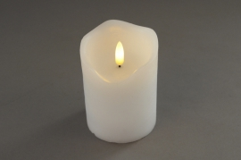 A022A1 White pilar wax candle LED D7.5cm H10cm