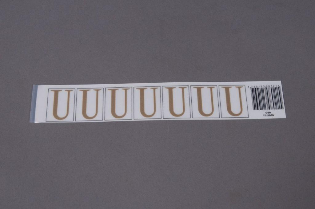 A022K4 Pochette de 50 lettres U 33mm