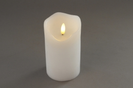 A023A1 White pilar wax candle LED D7.5cm H12.5cm