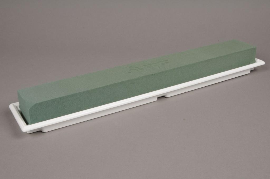A024K6 Boîte de 4 coupes avec mousse florale maxi