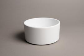 A025A8  White ceramic planter pot D17cm H9cm