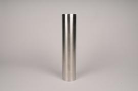 A025E0 Bougeoir cylindre métal argent D7.5cm H35cm