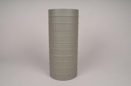 A025U9 Vase cylindre en métal vert kaki D15cm H35cm