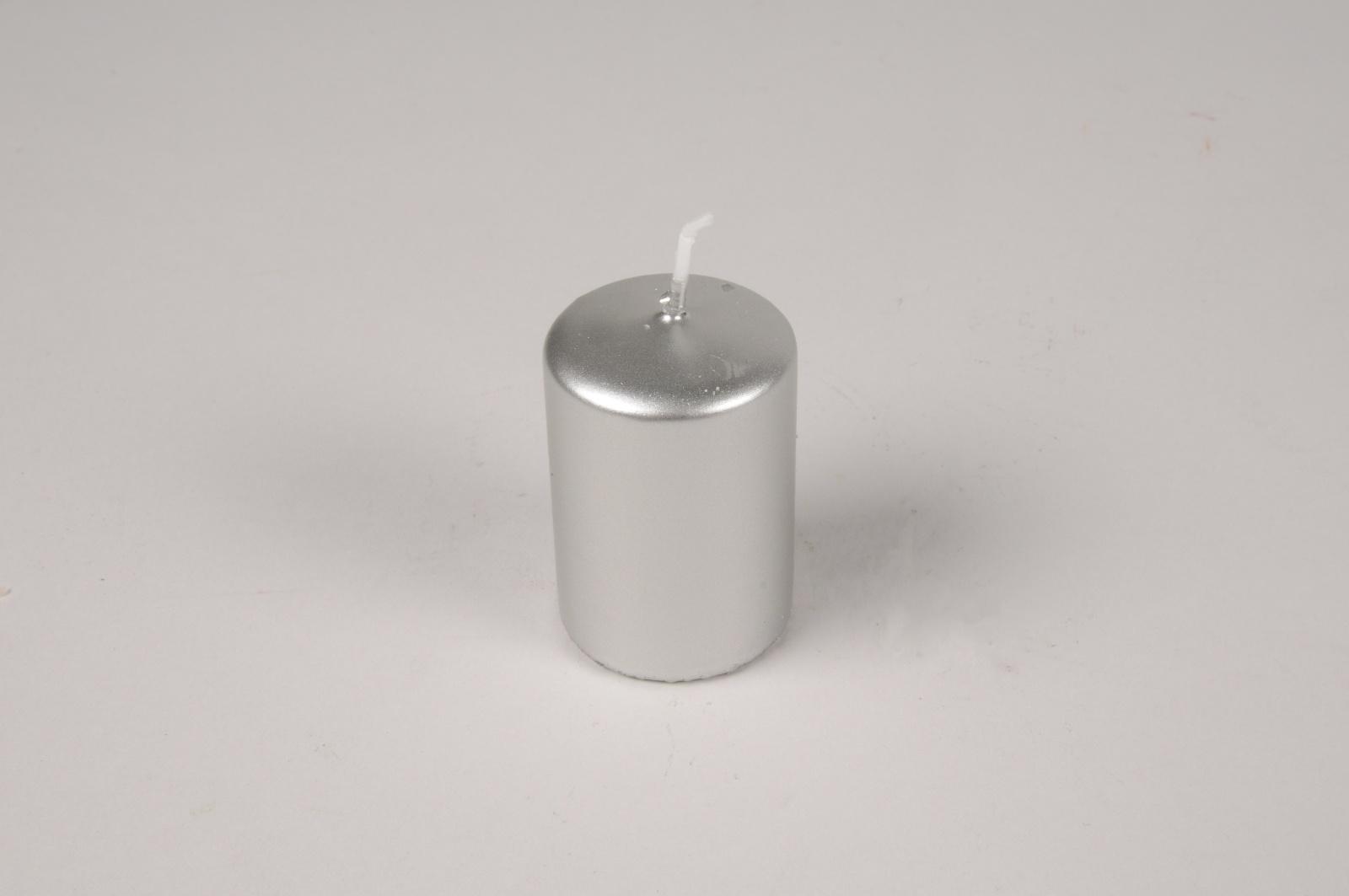 A027RP Boîte de 16 bougies cylindre argent D4cm H6cm