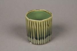 A028HX Green ceramic planter D7cm H7cm