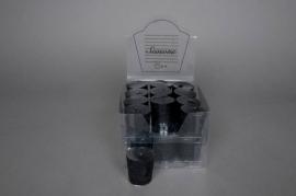 A030KI Box of 24 cylindrical black candles D4cm H5cm