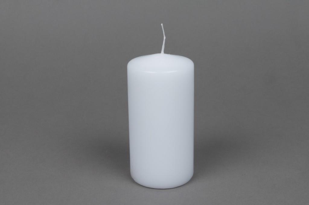 A032E2 Boîte de 16 bougies cylindre blanc D6cm H12cm