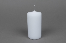 A032E2 Box of 16 candles white cylinder D6cm H12cm