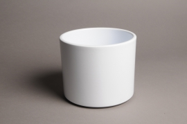 A034A8 White ceramic planter D17.5cm H14cm